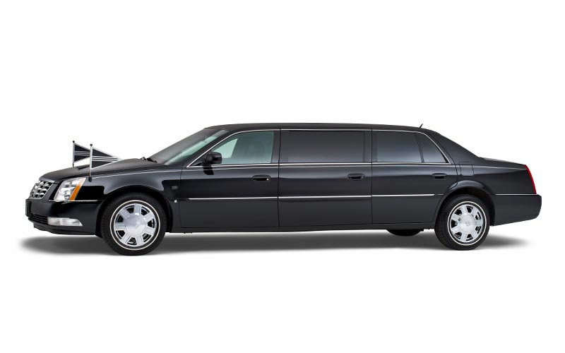 Zwarte Cadillac Volgauto – 7 persoons