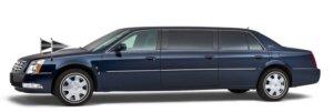 Blauwe Cadillac Volgauto – 7 persoons