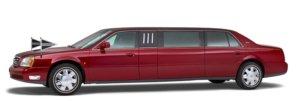 Bordeauxrode Cadillac Volgauto – 7 persoons