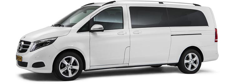 Witte Mercedes Funeral Comfort Van - 7 personen - Straver Mobility Uitvaartvervoer