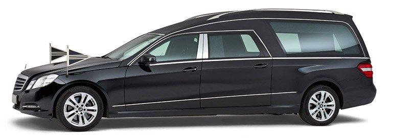 Zwarte Mercedes Rouwauto – Glas uitvoering - Straver Mobility Uitvaartvervoer