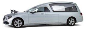 Zilvergrijze Mercedes Rouwauto – XL Glas uitvoering - Straver Mobility Uitvaartvervoer